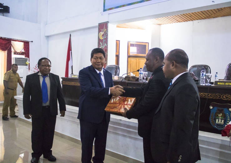 RAPAT PARIPURNA IV DPRD KABUPATEN KEPULAUAN YAPEN TAHUN 2018