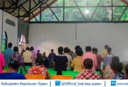 BUPATI HADIRI KKR PONDOK DAUN TATUI (1)